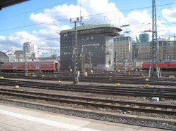 Bahnhof Frankfurt in der Sonne